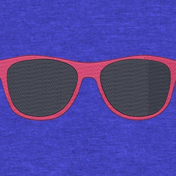 lunettes de soleil motif de broderie machine gratuit Motif de broderie machine cadre 10 x 10 / 20 x 20 Formats des fichiers PES,CSD,EXP,HUS,SHV,VIP,XXX,DST,PCS,JEF,VP3,SEW,EMB… Téléchargement immédiat